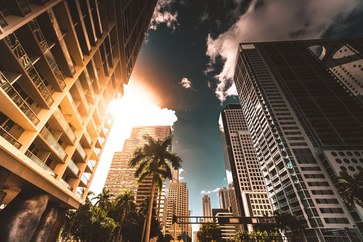 high rise apartment buildings in downtown miami